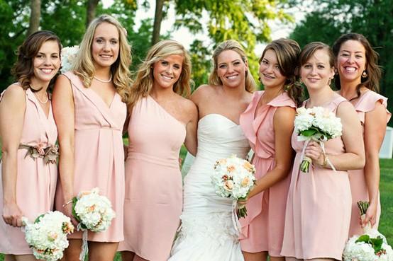Платья в тон на свадьбе - это подружки невесты