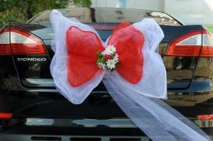 Самый популярный свадебный автмобиль- автомобиль бизнес-класса