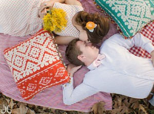 Подарок на ситцевую свадьбу - что лучше всего подарить молодой семье?