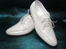 Мужская свадебная обувь: какие туфли будут уместными
