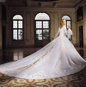 Свадебные платья с длинным шлейфом актуальные и модные всегда