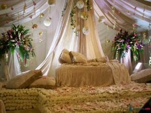 Как украсить спальню перед главным событием жизни: первой брачной ночью