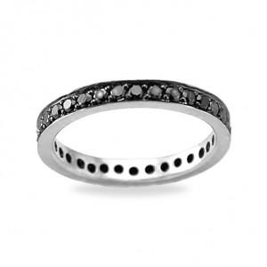 Обручальные кольца с черными бриллиантами - то, что нужно для любой невесты