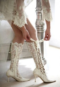 Короткие свадебные платья: что носят в 2013