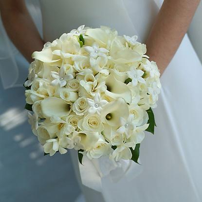 Какие должны быть цветы в свадебном букете