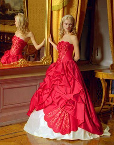 Wedding Saloon :: свадебные платья красного цвета, фото