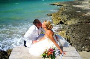 Свадебное путешествие в июне на море, в Греции