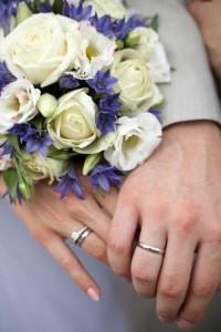 Кольца помолвочные: что подарить невесте?