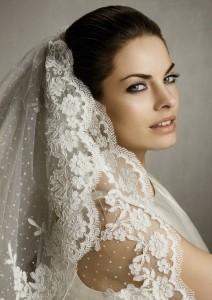 свадебная фата невесты - это так красиво и так трогательно!