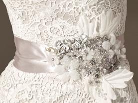 свадебный пояс способен стать центральным аксессуаром наряда невесты