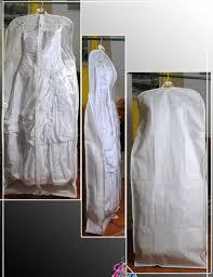 Как хранить свадбеное платье? Лучше всего одеть на него чехол для платья