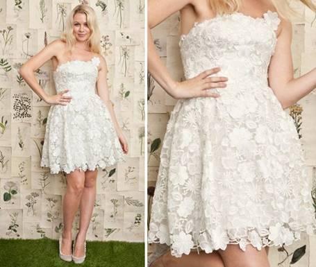 Белое платье из кружева и гипюра