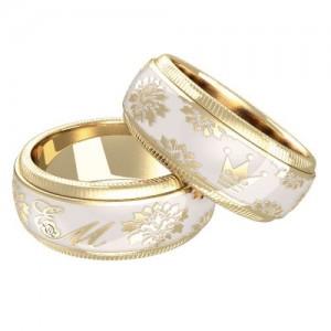 Кольца с эмалья- новая мода на свадебные кольца