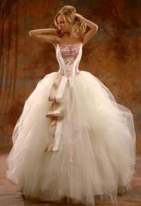 Свадебные платья с корсетом очень актуальны и модны