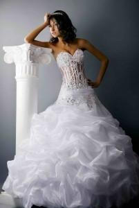 Выбираем свадебный наряд невесты