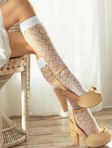 Нижнее белье для невесты: одеваем ножки в гольфики