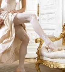 Нижнее белье для невесты: колготки и подвязка