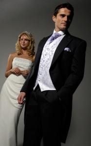 Свадьба Москва: все о выборе цвета костюма жениха
