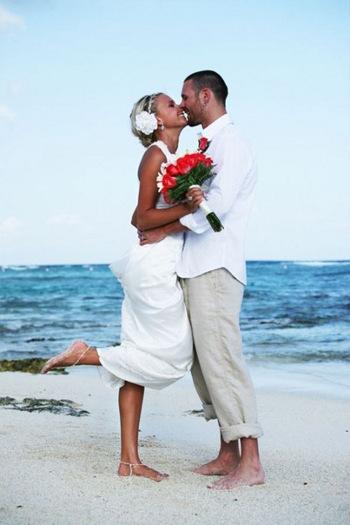 f8201a2639711fe Романтичная церемония – свадьба на пляже
