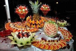 фрукты на фуршете