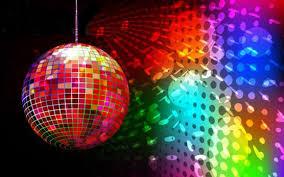 Музыка на свадьбе: отдать предпочтение дискотеке или живой группе?