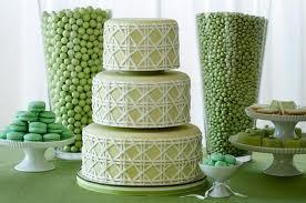 цвет свадьбы, который мы выбираем- зеленый, да!