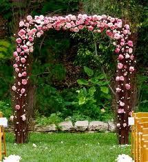 Оформление свадебной арки цвета, лентами и т.д.