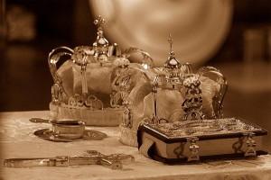 обручение жениха с невестой в церкви