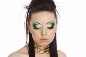 Экспериментальный свадебный макияж - не стоит его затевать!