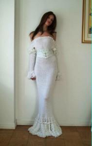 невеста в вязаном платье