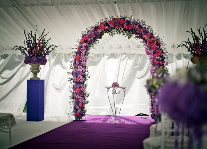 Как сделать арку из цветов на свадьбу своими руками