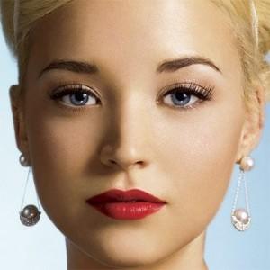 свадебный макияж невесты и аллергия: акцент на губы