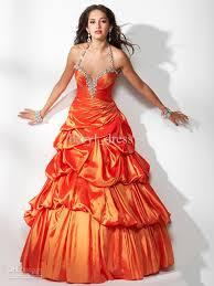 оранжевый цвет свадебного платья для индивидуалисток