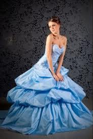 выбираем цвет свадебного платья: берем голубое!