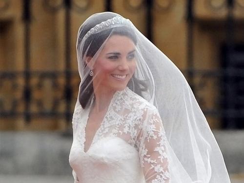 Свадебные прически с фатой - 100 красивых вариантов 9