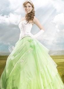 цвет свадебного платья- зеленый