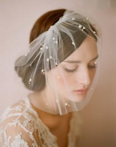 невеста в вуали