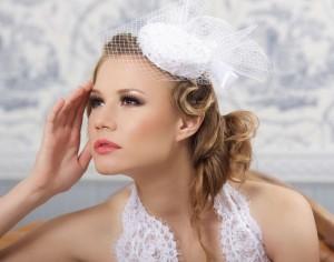 невеста в шляпке