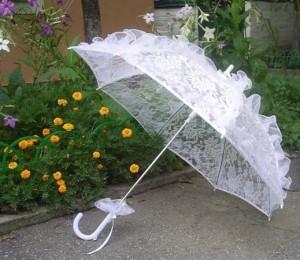 красивый свадебный зонтик