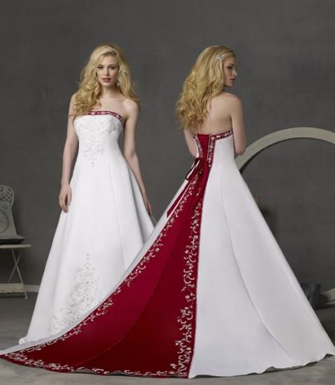 Для оригинальных женихов интересным решением станет выбор красного костюма с белой рубашкой, или белого костюма с красными аксессуарами