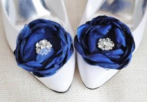 бело-синие свадебные туфли
