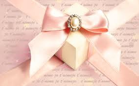 Что принято дарить на свадьбу во всем мире