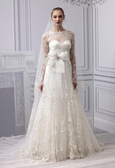 прямое свадебное платье с рукавами