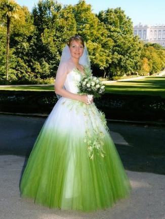 Свадебные платья фото не белые