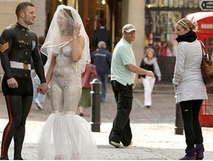 самые странные свадьбы фото