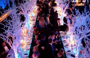 гирлянды и фонарики на свадьбе