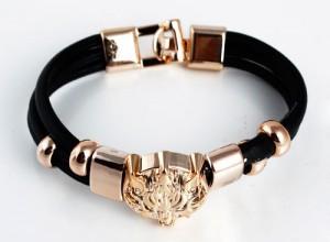 кожаный браслет в подарок жене