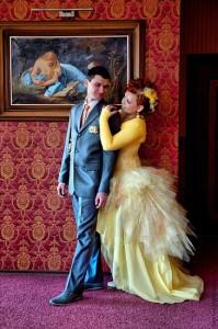 сине-жёлтые свадебные наряды
