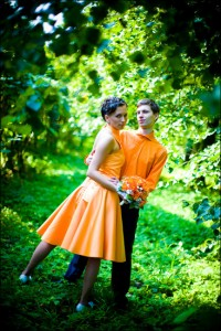 оранжевые свадебные наряды