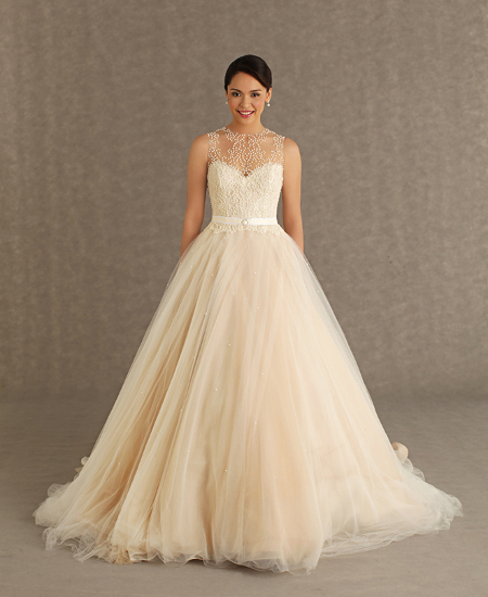 Платье свадебного золотого цвета
